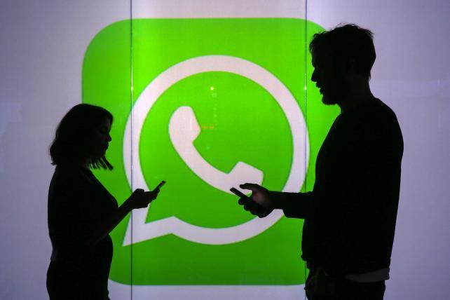 Imagem do WhatsApp com duas pessoas se comunicando