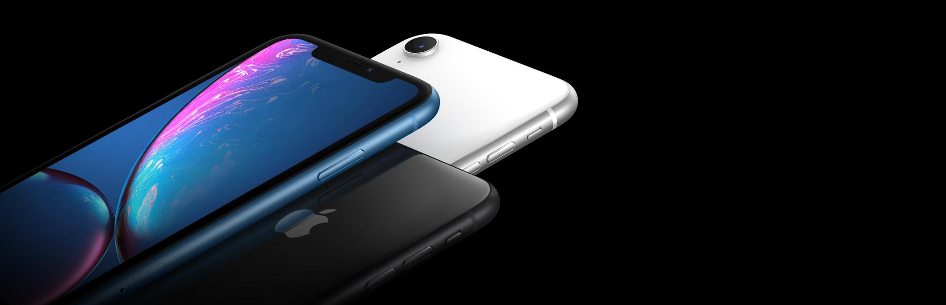 Imagem de 3 iPhones nova geração com fundo preto